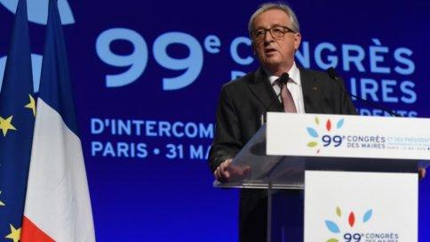 Juncker_mayors_congress_Paris_CREDITEuropean-Union